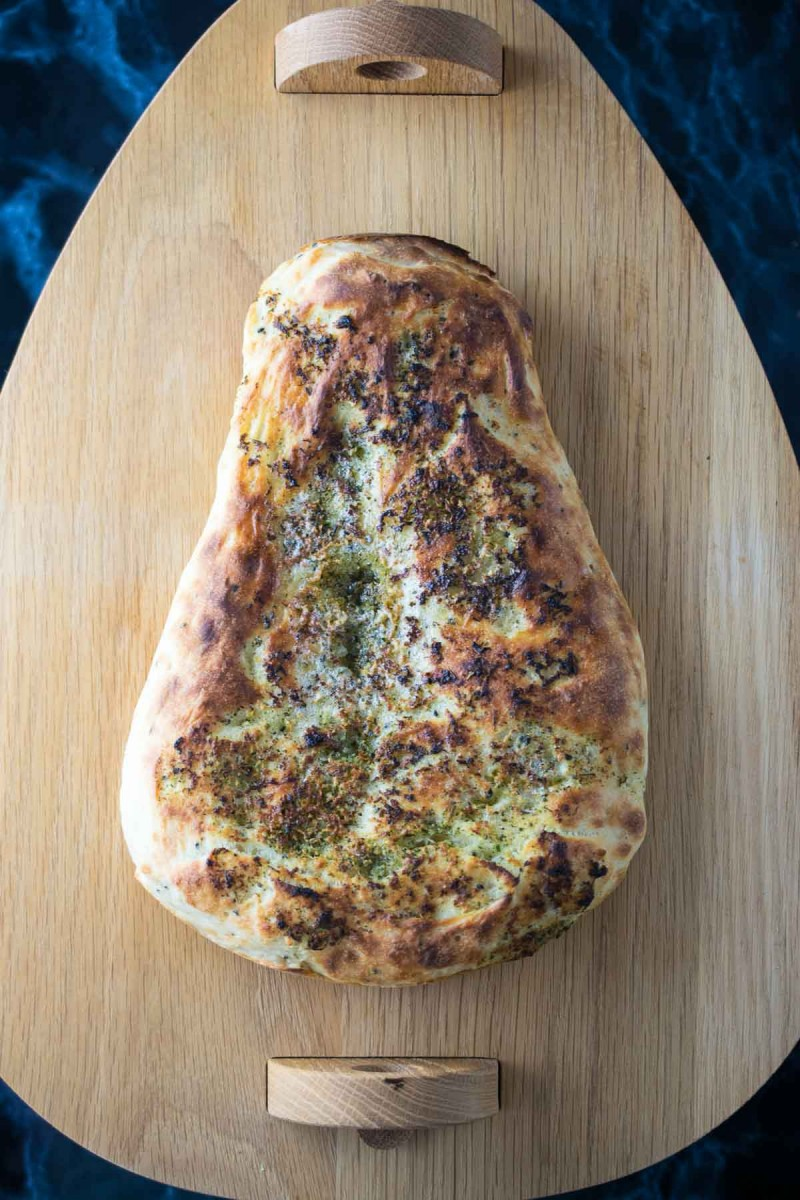 The best garlic & coriander homemade naan that there is