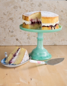 How to make a perfect gluten free Victoria Sponge with Juvela gluten free white mix flour