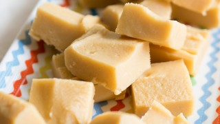 Soft Creamy Vanilla Fudge