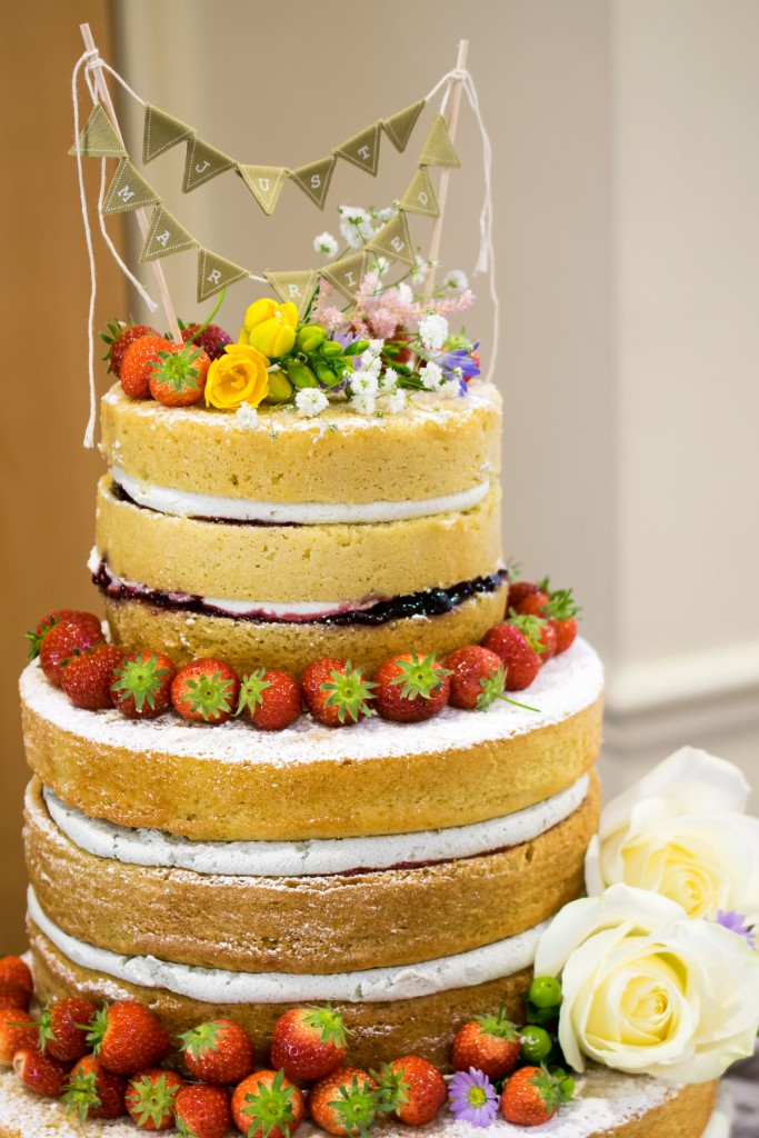 naked wedding cake-8