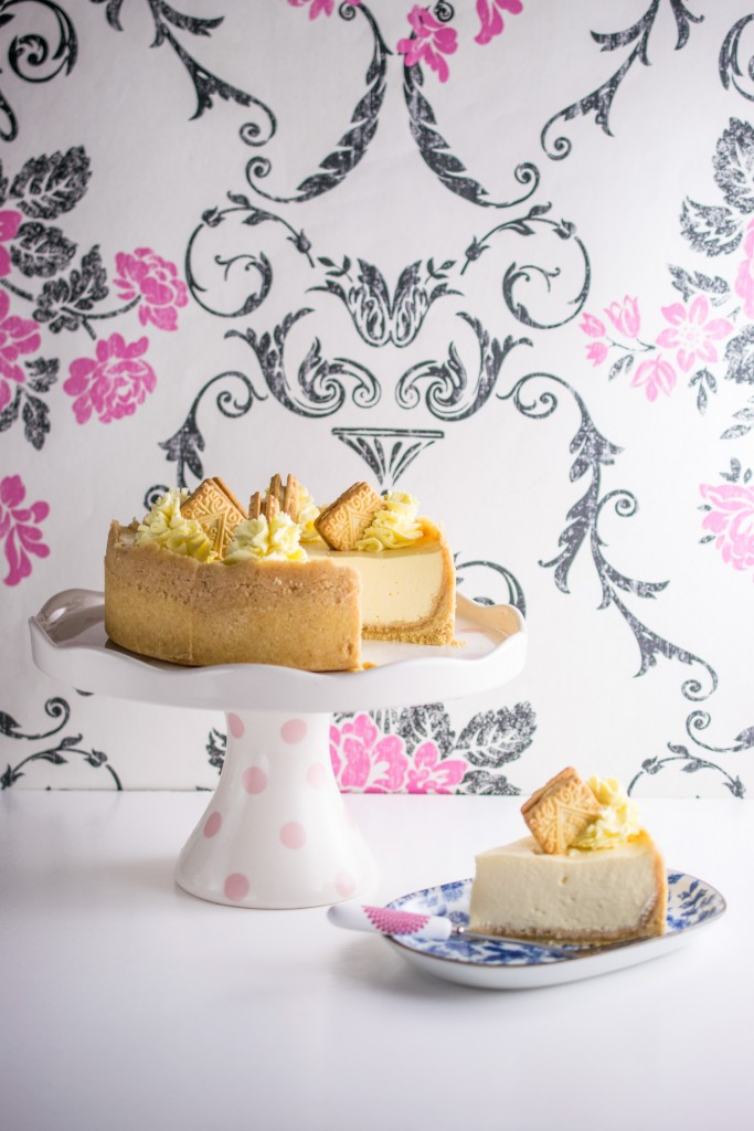 instant-pot-custard-cream-cheesecake-2