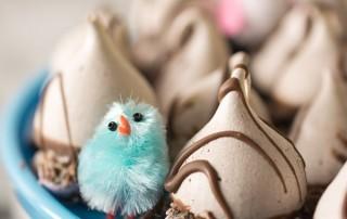 Mini Egg Meringue Kisses