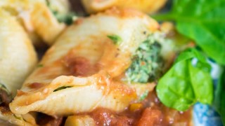 Spinach & Ricotta Stuffed Pasta