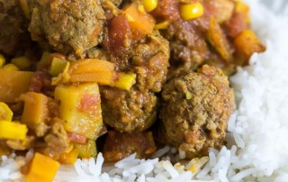 Instant Pot Beef Meatball Curry